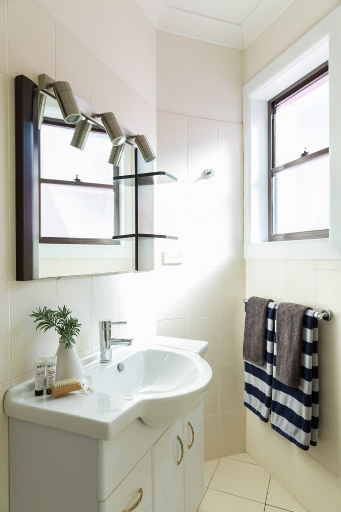 bondi beach house bathroom